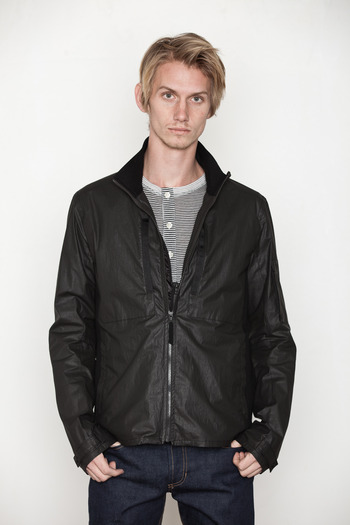 ISAORA - Waxed Coat w/ Vest