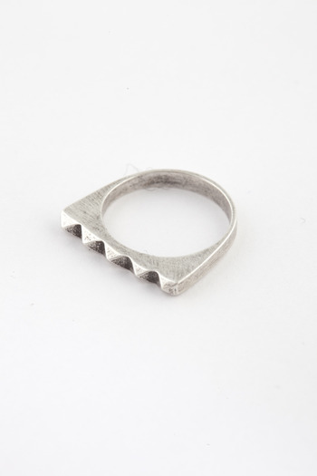 TOMTOM - Oxidized Silver Studder Stack Ring