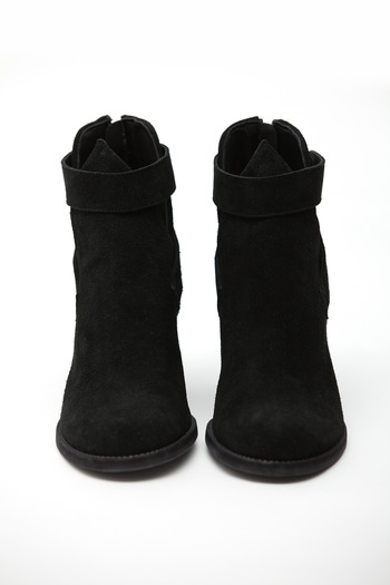 LD Tuttle - The Foam Cut-Out Boot