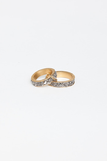 Lady Grey - Channel Chain Ring