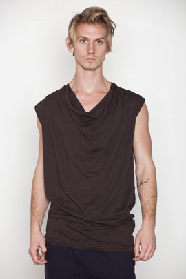 SILENT Men's Thim Cowl Tee