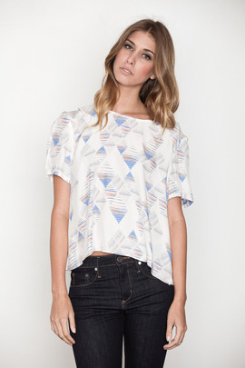 Addison Diamond Stripe Split Back Tee