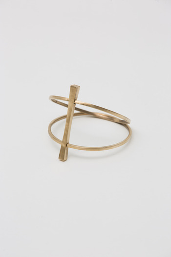Made Her Think - Brass Totem Bar Bangle