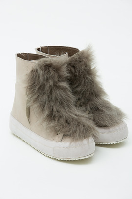 LD Tuttle The Mountain Fur-Tongue Sneaker