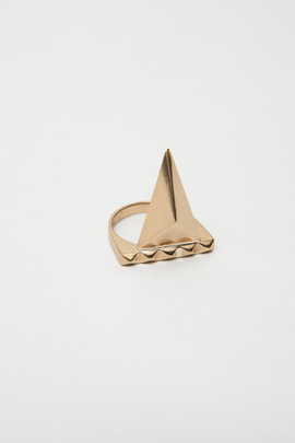 TOMTOM Bronze Pyramid Spike Ring